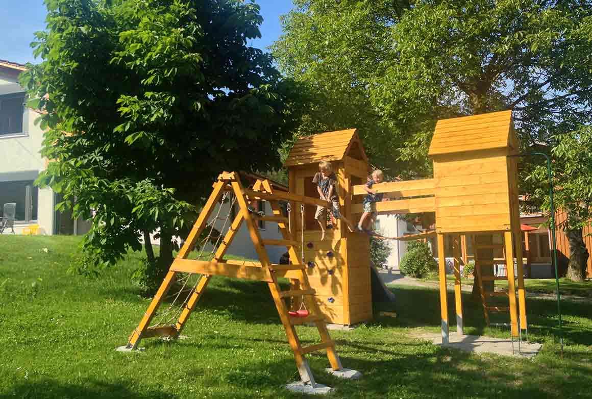 Klettergerüst Ziegen : Ferienhof sturm unser bauernhof im deggenhausertal